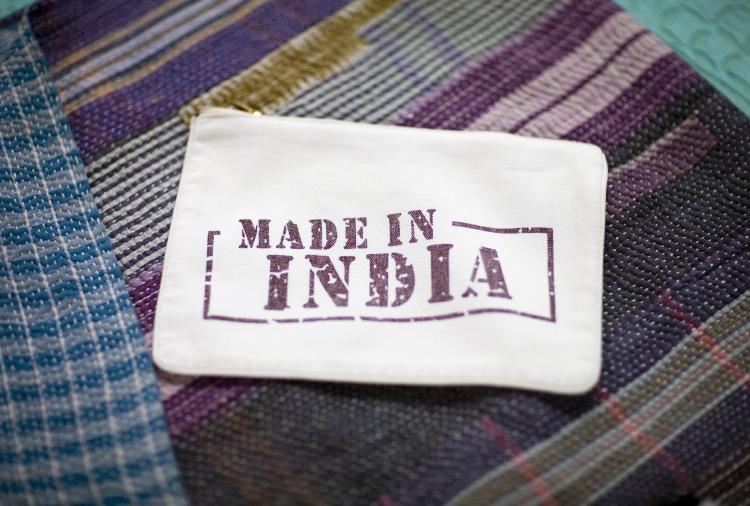 Made-in-india-picture-nanaki_paris