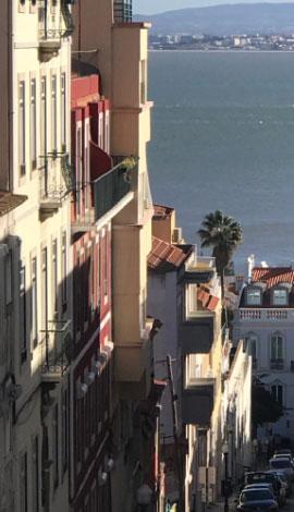 Lisbonne-001-vue-bynanaki